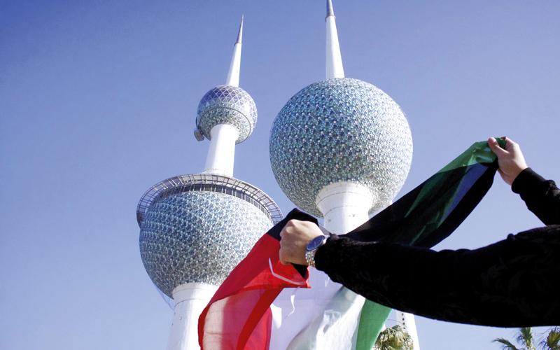 الإمارات تستقبل زوّارها من الكويت بالهدايا التذكارية - الإمارات اليوم