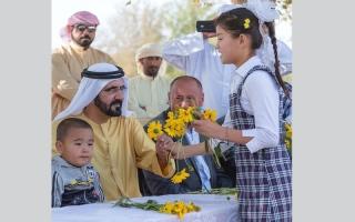 محمد بن راشد يطلق مبادرة صنّاع الأمل