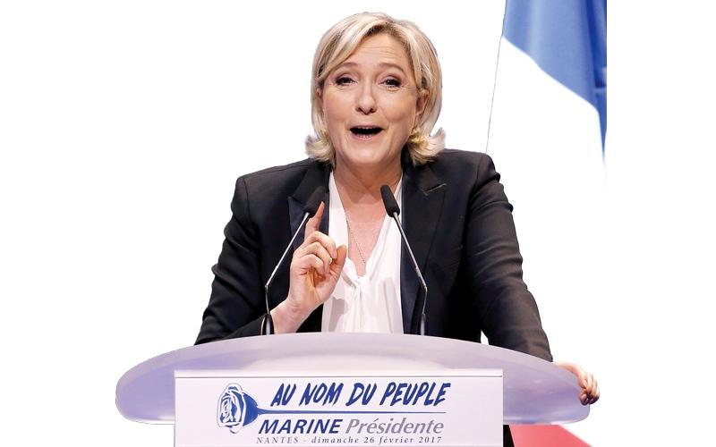 الانتخابات الفرنسية تواجه مأزقاً نتيجة التحقيقات الجنائية والأخبار المزورة