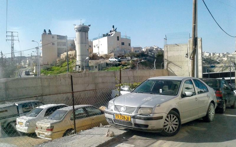 10 سنوات والإشارة مازالت حمراء   في حي «الشيخ سعد»