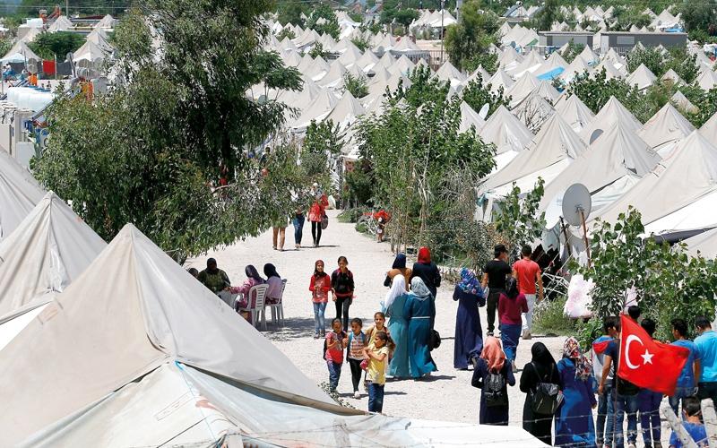 تجنيس اللاجئين السوريين في تركيا يثير جدلاً  قبل الاستفتاء الدستوري