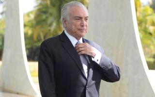 «الأشباح» تطرد الرئيس البرازيلي من القصر الرئاسي.. وتفزع زعماء أميركيين