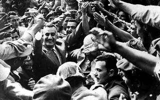 حملة «وفاء ودفاع» عن عبدالناصر في مواجهة «زلة» وزير مصري