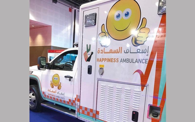 «إسعاف دبي» تطلق 19 سيارة جديدة العام الجاري