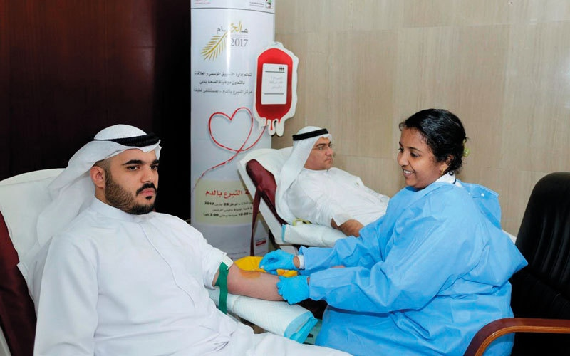 بلدية دبي تنظم حملة للتبرع بالدم بالتعاون مع هيئة الصحة
