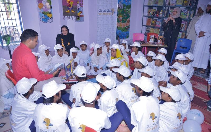 «كان ياما كان» تُسعد مدرسة هندية بـ 2000 كتاب