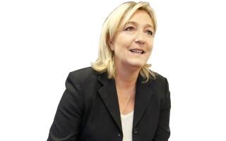 مارين لوبان تُهمل مظهرها بسبب انشغالها بالسياسة