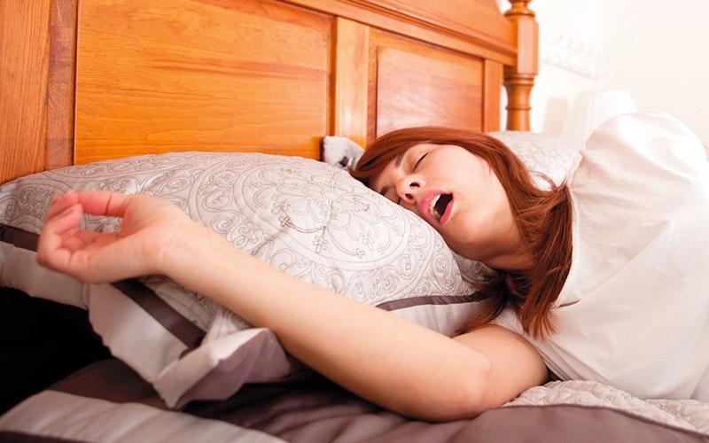 5 مشكلات شائعة خلال النوم