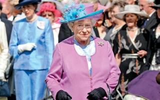 وصفات المعجنات المفضلة لدى ملكة بريطانيا تنشر في كتاب