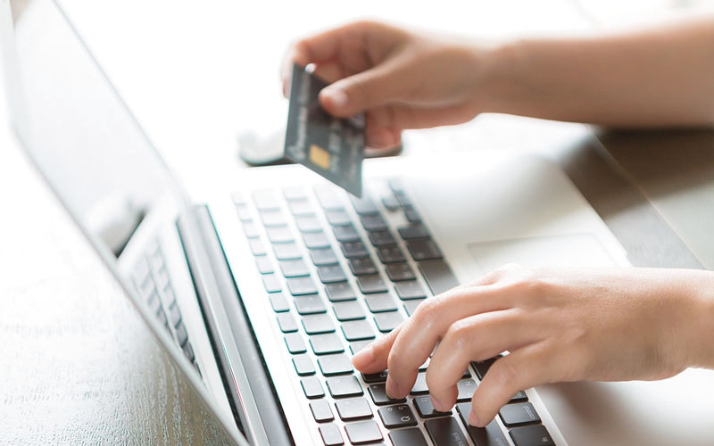 تقرير لـ «مول أوف ذا وورلد» يشدّد على حماية المعلومات السرية خلال التسوّق الإلكتروني
