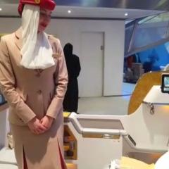"""بالفيديو.. تعرف إلى مقاعد درجة رجال الأعمال الجديدة لـ""""طيران الإمارات"""""""