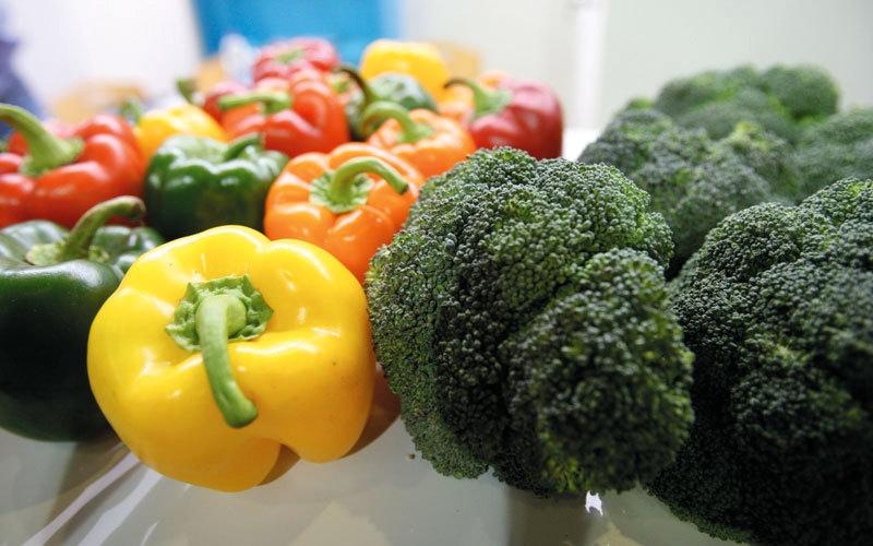 حظر دخول خضراوات وفاكهة من 5 دول عربية