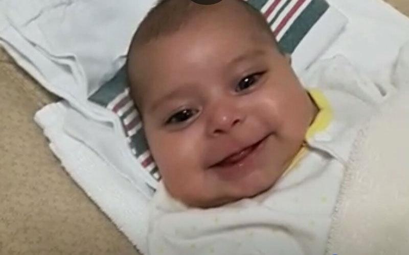 «عطر الشام» تعاني قصوراً في الغدة الكظرية منذ الولادة