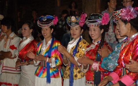 الصورة: «دولة الموسو »..ديكتاتورية النساء في قلب الصين