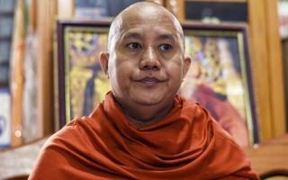 البوذيون يخشون أسلمة الدولة