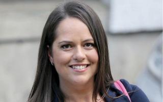 «ملكة صور السيلفي» تترشح عن حزب العمال البريطاني