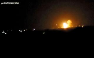 إسرائيل تقصف مستودع أسلحة قرب مطار دمشق