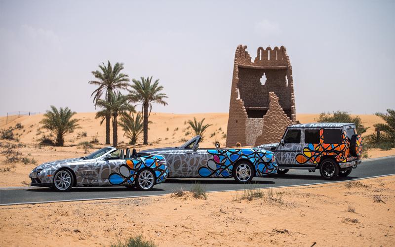 """بالفيديو.. سيارات سباق تحمل تصاميما عربية في رالي  """"غامبول 3000"""""""