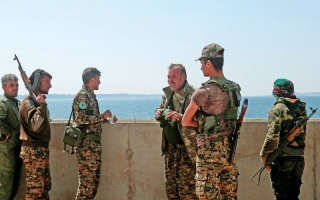 اشتباكات عنيفة بين «داعش» و«قسد» في الطبقة
