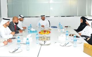 الصورة: «الإمارات الإسلامي» يتبرع بمليوني درهم لـ «صندوق الفرج»