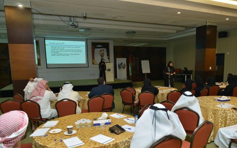 جمارك دبي تطلق برنامج تدريبي متخصص في لغة الإشارة