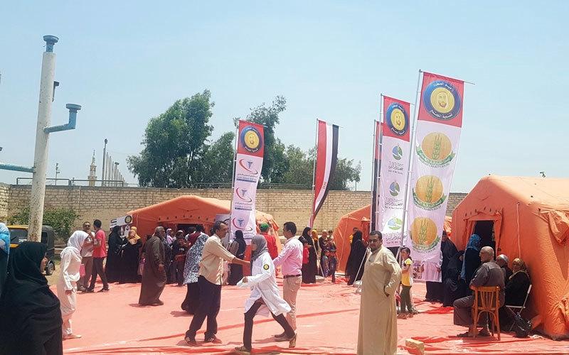 قوافل «زايد الخير» تبدأ مهامها  في القرى المصرية