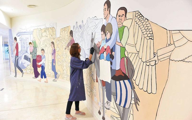 جدارية ملونة بالتسامح ولمسات الوفاء