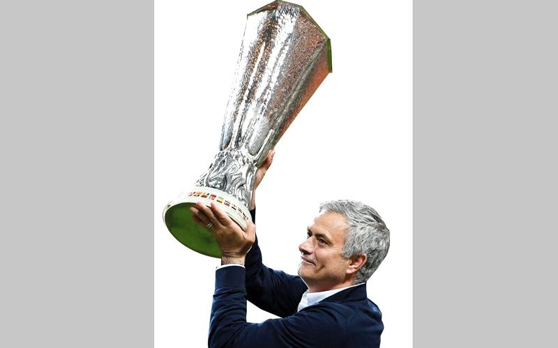 مورينيو: «الدوري الأوروبي».. أغلى كأس في مسيرتي