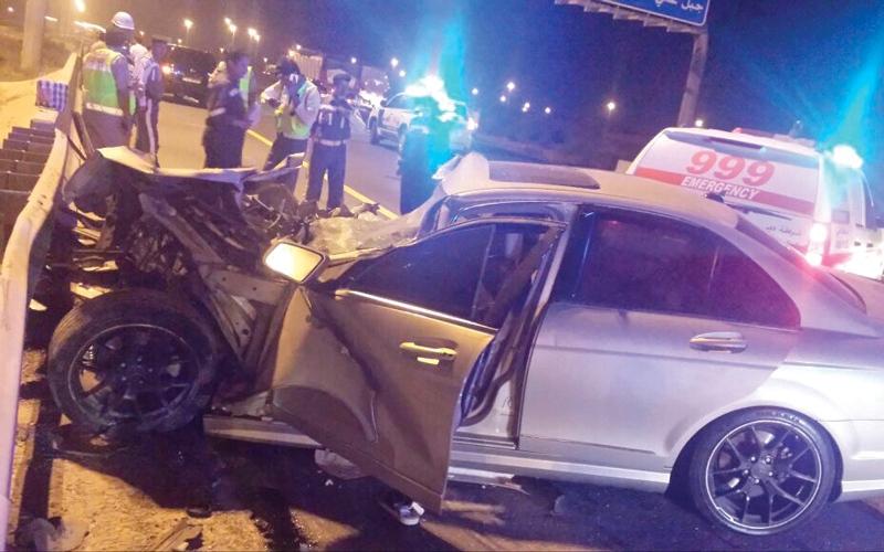 وفاة شخص وإصابة 14 بـ 5 حوادث مرورية في دبي