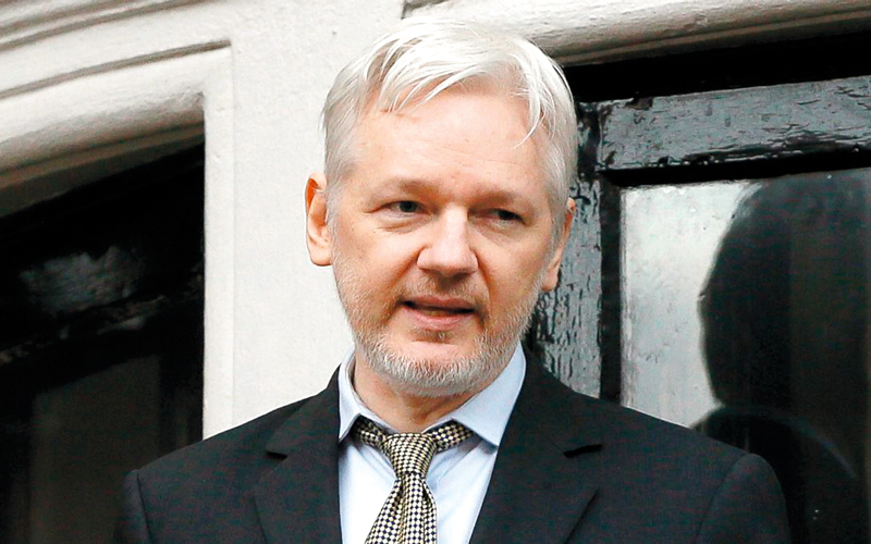 أسانغ: ويكيليكس يكشف الأخطاء  ولا يتعاون مع روسيا